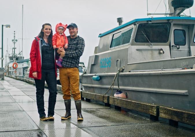 https://www.alaskaseafood.org/wp-content/uploads/200110_FISHING-FAMILY-ON-DOCK-1_CF-Web-JPG-scaled-1.jpg
